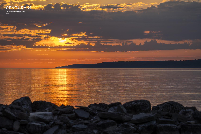 Georgian Bluffs Sunrise