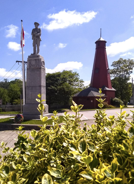 Paisley Real Estate War Memorial - Wendy Brown (1)